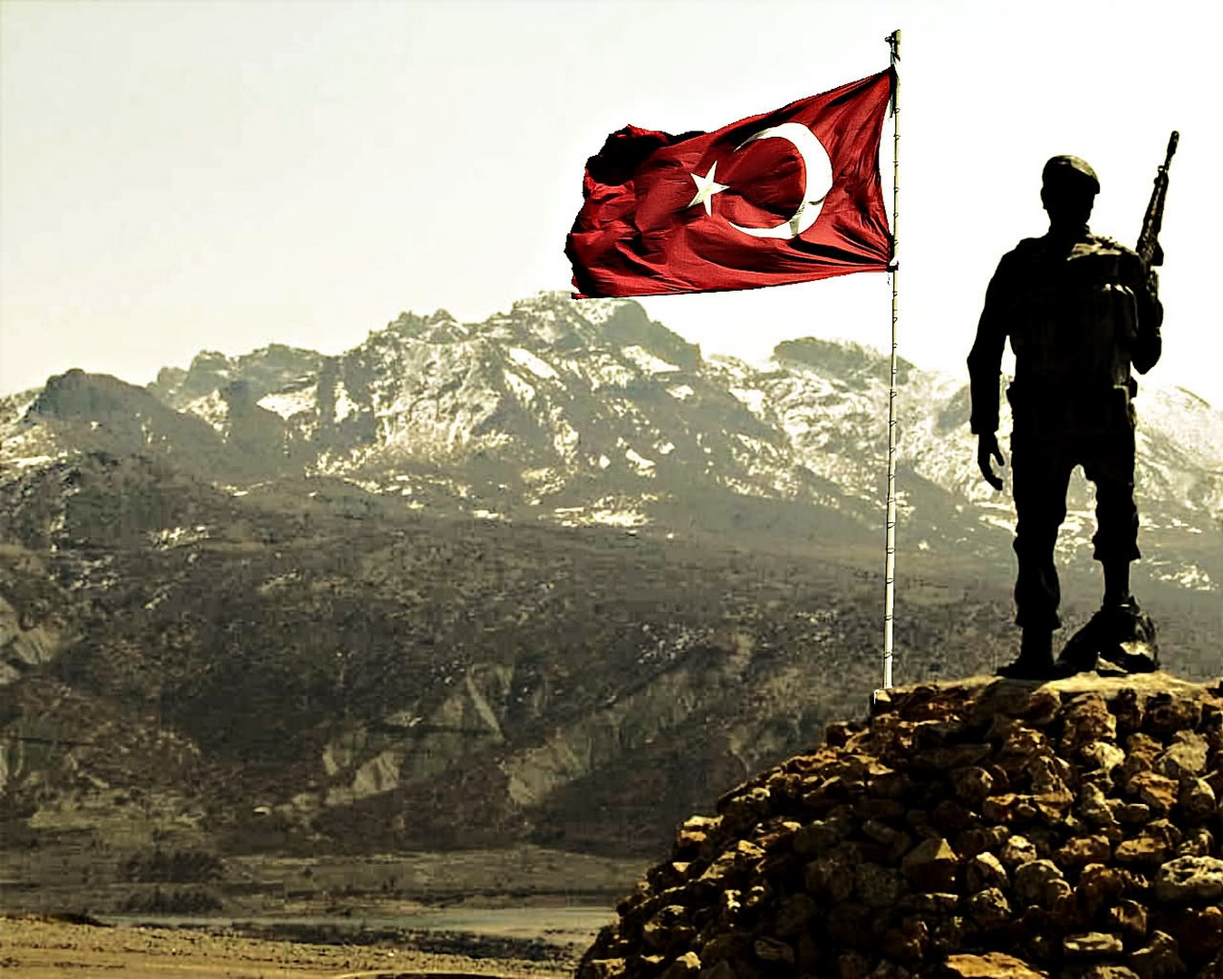 turk-bayragi-hd-duvar-kagidi